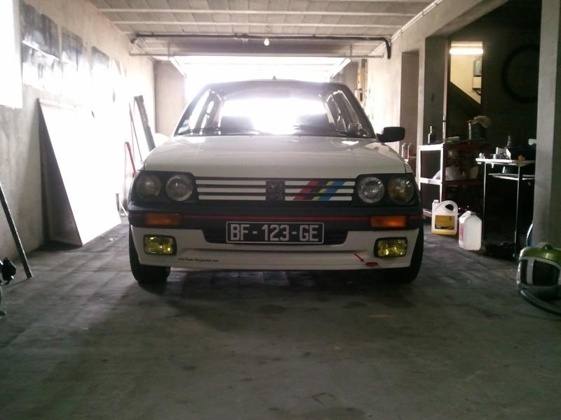 [manu47] 205 GTI 1.6L blanc meige 1987 Photo076