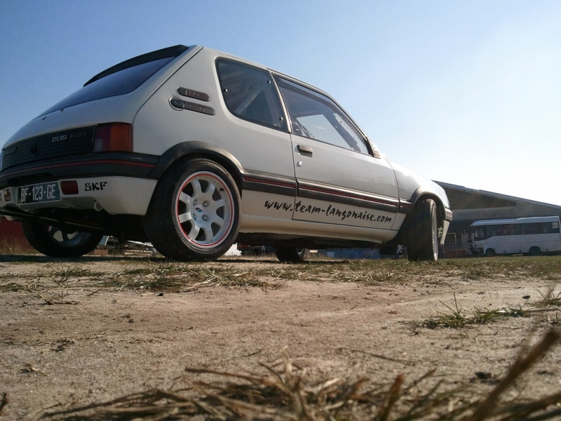[manu47] 205 GTI 1.6L blanc meige 1987 - Page 5 Photo433