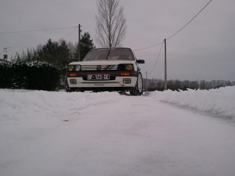 [manu47] 205 GTI 1.6L blanc meige 1987 - Page 6 Photo442