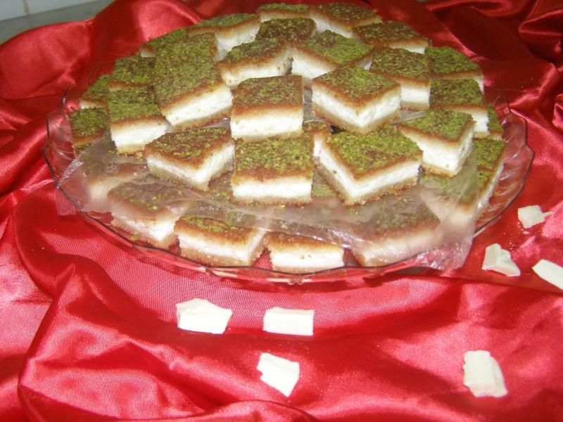 صور حلويات شرقية صور بقلاوة حلاوة الجبن نمورة قطايف قشطة عيون المها P1010118