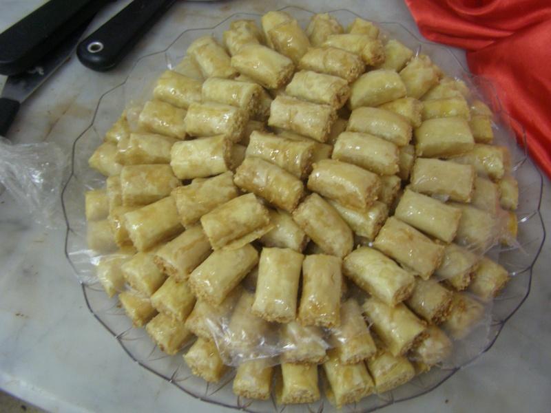صور حلويات شرقية صور بقلاوة حلاوة الجبن نمورة قطايف قشطة عيون المها P1010121