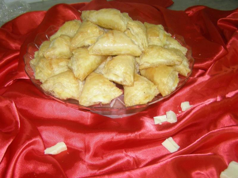 صور حلويات شرقية صور بقلاوة حلاوة الجبن نمورة قطايف قشطة عيون المها P1010124