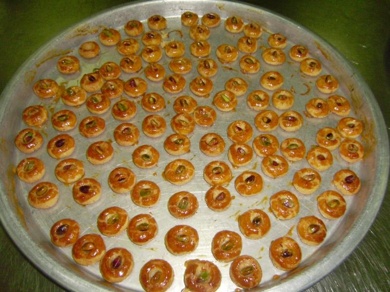 صور حلويات شرقية صور بقلاوة حلاوة الجبن نمورة قطايف قشطة عيون المها P9240011