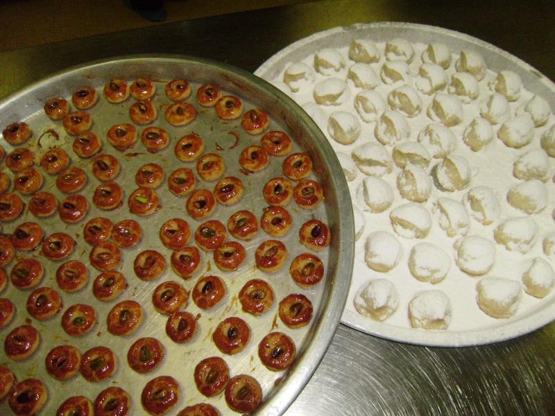 صور حلويات شرقية صور بقلاوة حلاوة الجبن نمورة قطايف قشطة عيون المها P9240012