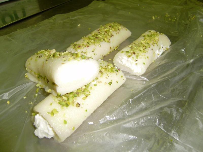 صور حلويات شرقية صور بقلاوة حلاوة الجبن نمورة قطايف قشطة عيون المها Pb100012