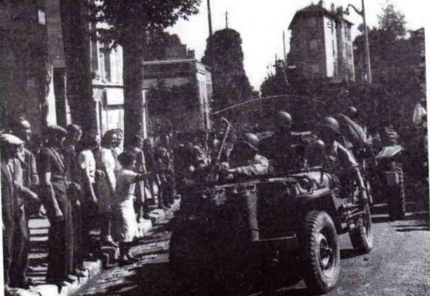 Identification de chars ayant libéré la ville de Meudon. Captur11
