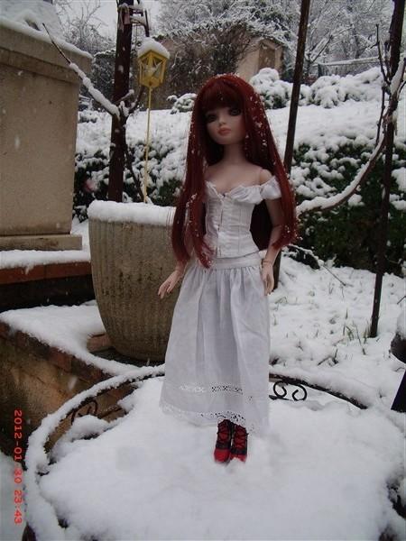 ello dans la neige Gedc0511