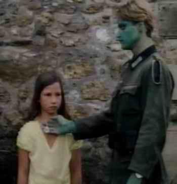 Les Nazis à toutes les sauces cinématographique Zombie11