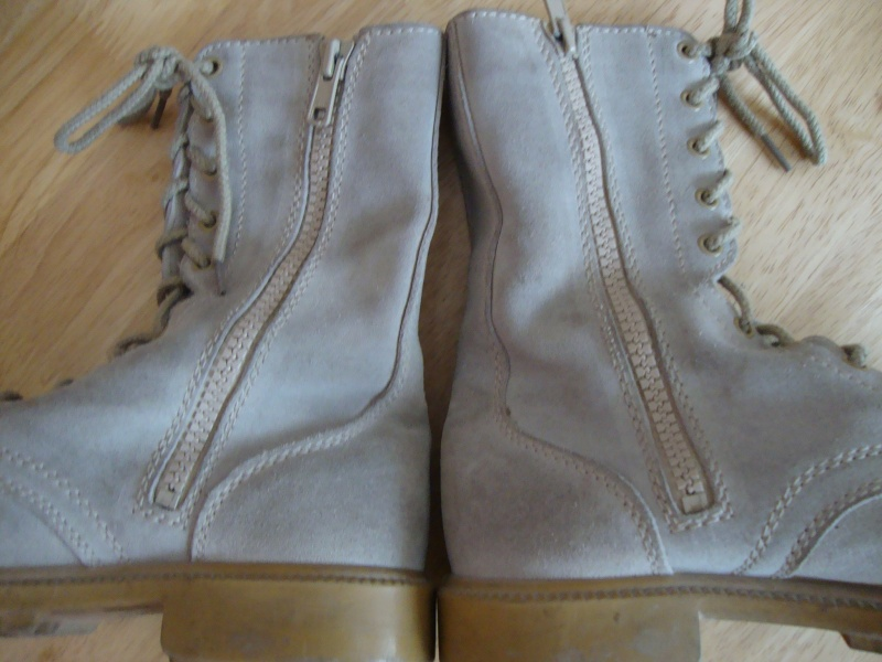 Saudi issue Desert Boots. Dsc05657