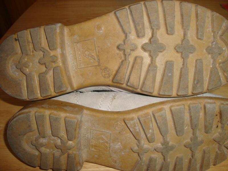 Saudi issue Desert Boots. Dsc05658