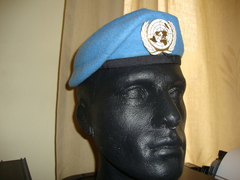 UN beret Dsc06027