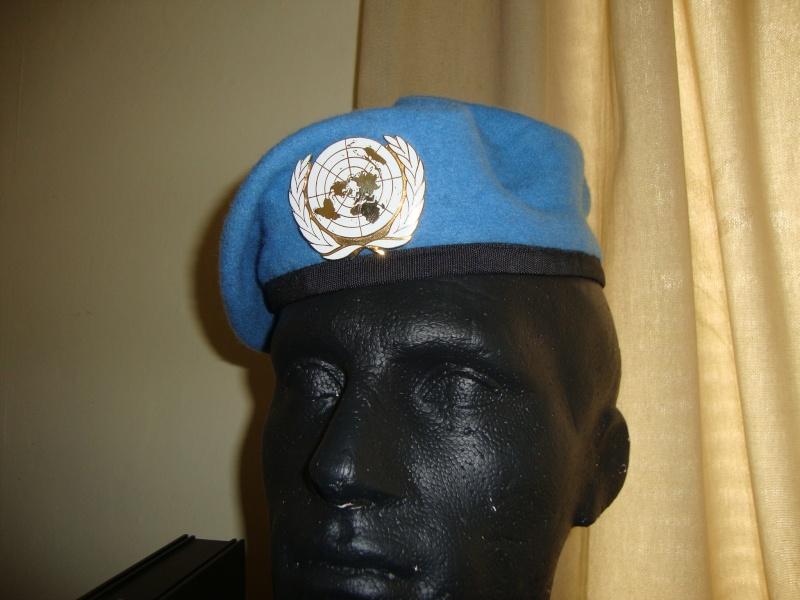 UN beret Dsc06028