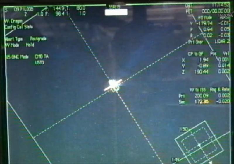 SpaceX / COTS-2: Lancement et suivi de la mission. - Page 11 Live_s10