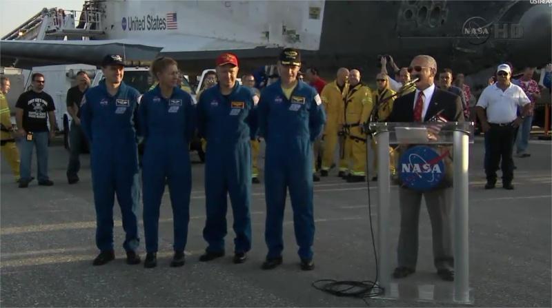 [STS-135] Atlantis: Retour sur terre, 21/07/2011. - Page 6 Moteur10