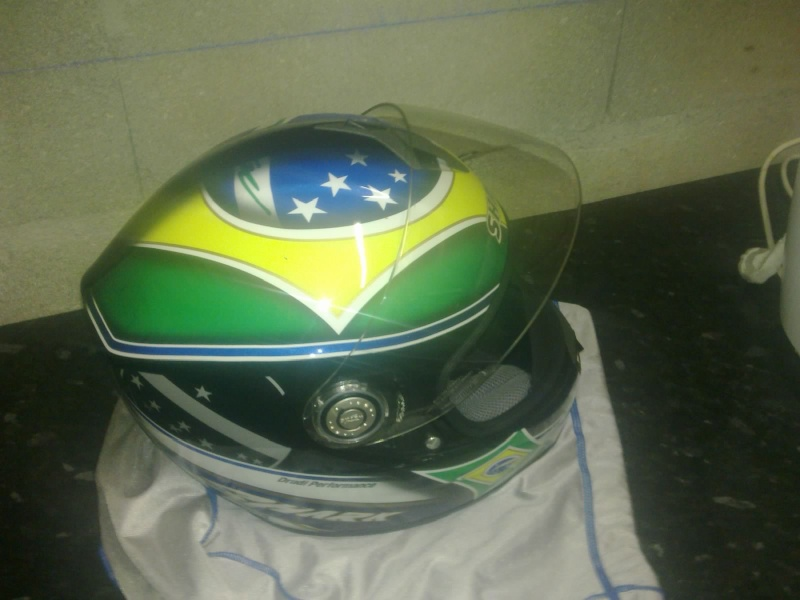 [VENDU] Casque moto shark rsi brazil comme neuf pour 129€ 23052012