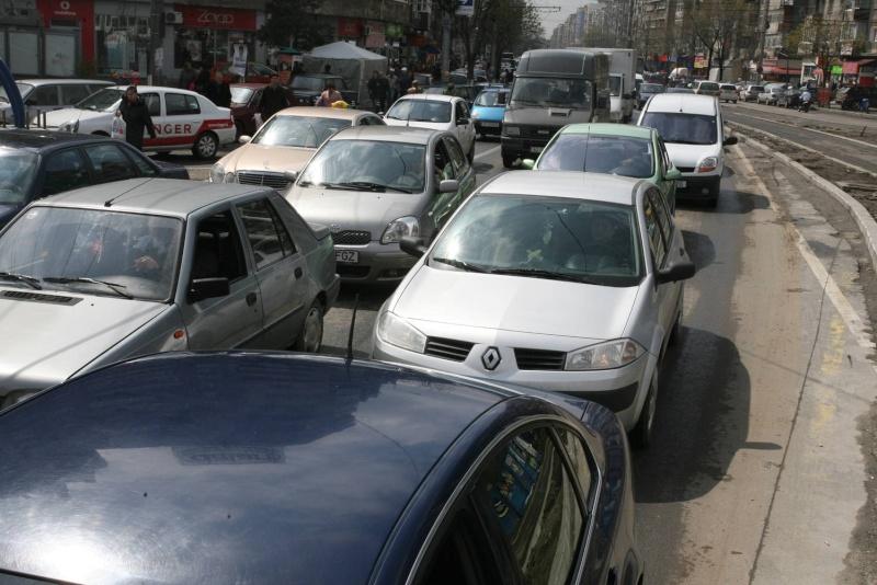 Devamarea auto in 2012 o sa mareasca numai cu 6.9%  0-114210