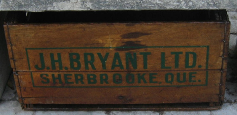 caisse j . h . bryant sherbrooke distributeur coke  Boutei13