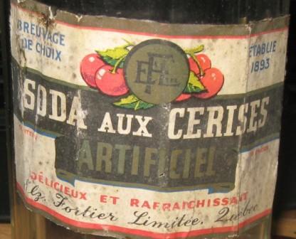 bouteille fortier etiquette  soda aux cerises  Img_2921