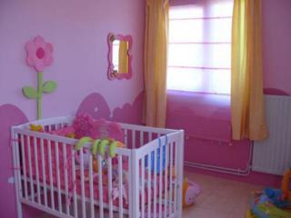 Maison à rafraîchir : La chambre de ma fille de 2 ans ? 2 murs peints, ça avance ! Page 4 Sans_t74