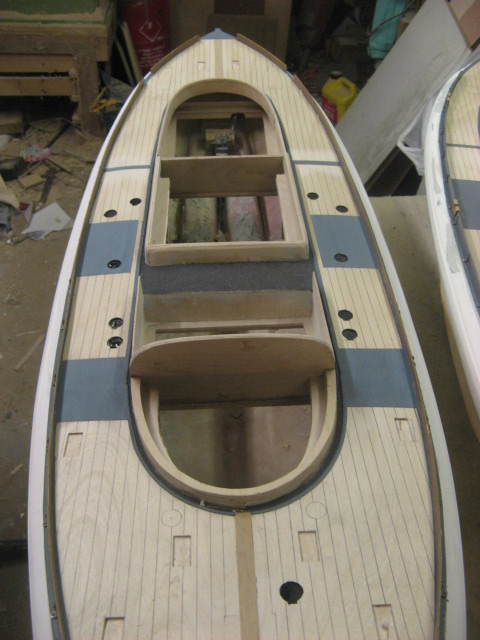 A lifeboat build blog...........How a kit is made! - Page 5 Deck_f19