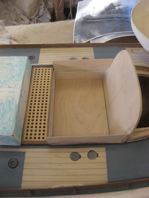 A lifeboat build blog...........How a kit is made! - Page 5 Deck_g11