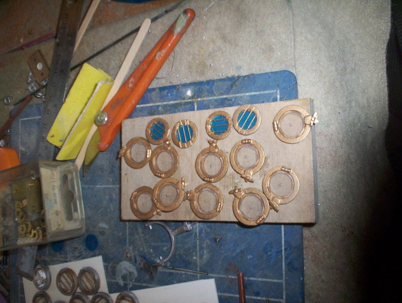 A lifeboat build blog...........How a kit is made! - Page 8 Glasin11