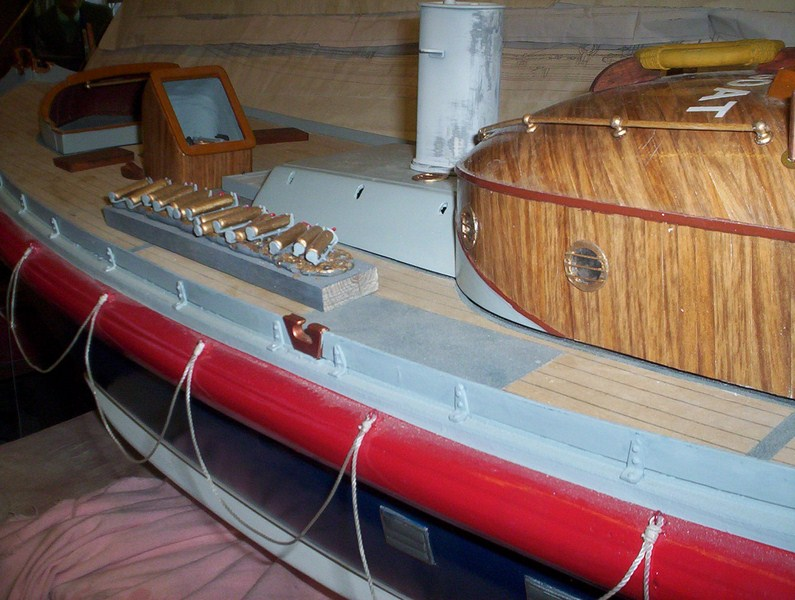 A lifeboat build blog...........How a kit is made! - Page 8 Glasin12
