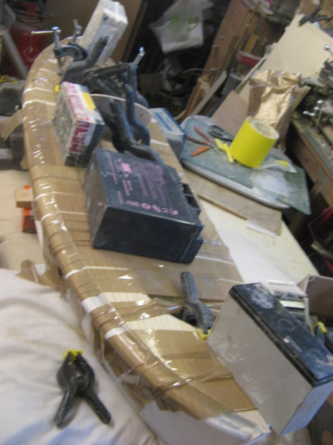 A lifeboat build blog...........How a kit is made! - Page 4 Gluein10