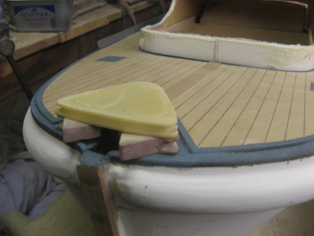A lifeboat build blog...........How a kit is made! - Page 4 Kickbo15