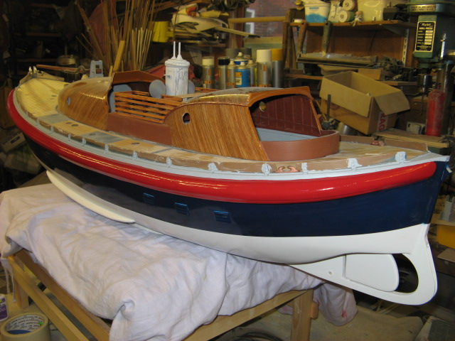 A lifeboat build blog...........How a kit is made! - Page 8 Lookin18