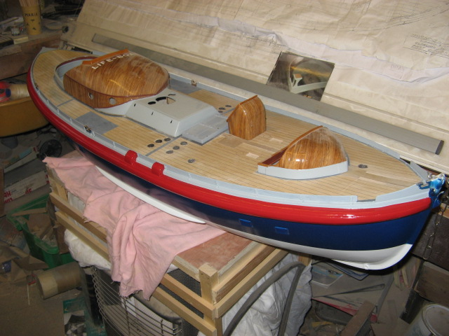 A lifeboat build blog...........How a kit is made! - Page 8 Lookin19