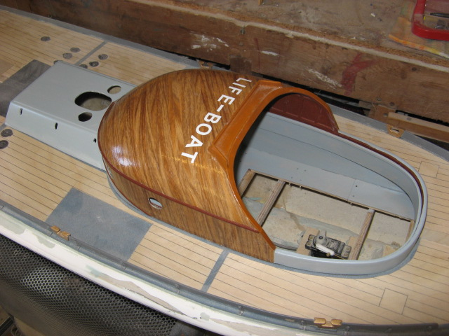 A lifeboat build blog...........How a kit is made! - Page 6 Painti23