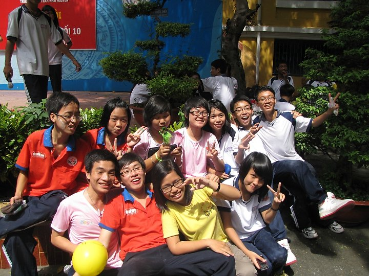 Câu lạc bộ Ong Thợ Trần Khai Nguyên