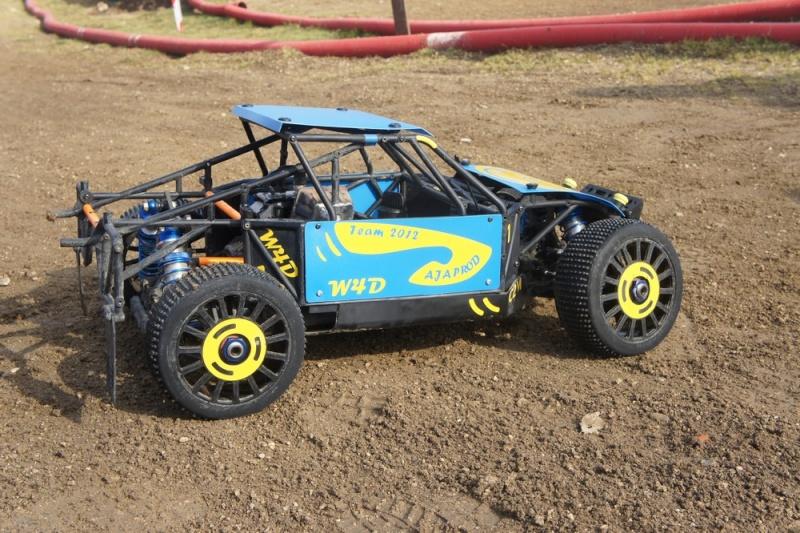 losi buggy 1/5 roll cage en test au marmouset  Dsc04212