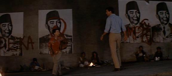 El año que vivimos peligrosamente (1983) El_aao17