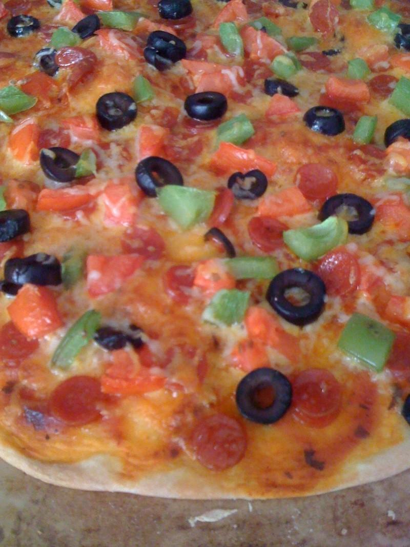 Cheap & Quick Dinner???!!! Pizza210