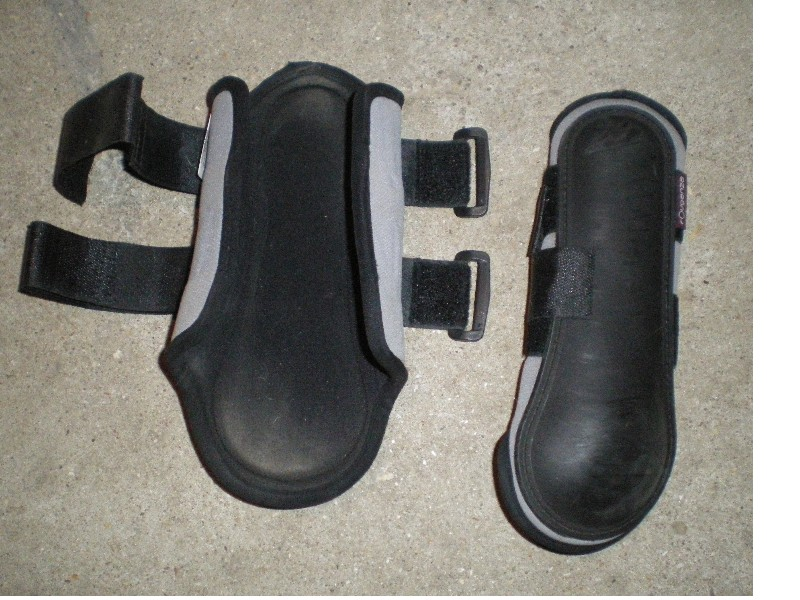 protections, bandes, cloches, taille cheval et poney 2310