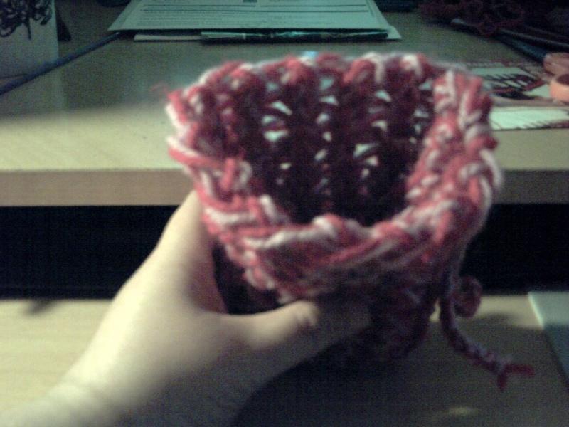 Une petite bourse fais au tricotin long Pict0112