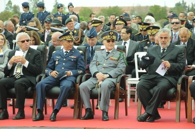 كيف اقتحم بنكيران قلعة الجيش العتيدة ؟ لأول مرة يلتقي رئيس الحكومة كبار المسؤولين العسكريين .  Jaych12