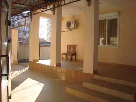 Домовладение и гостевой дом в пер.Первомайский Dsc02342