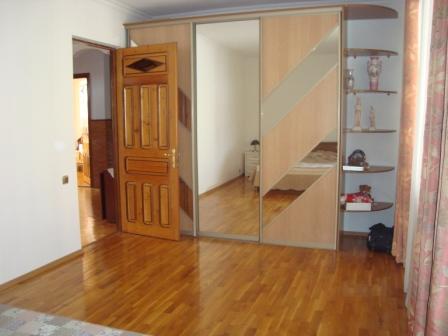 Домовладение и гостевой дом в пер.Первомайский Dsc02434