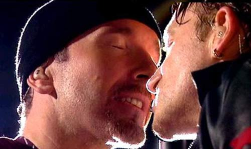 Sexy U2 [Parte 6] - Pagina 19 Bonoed11