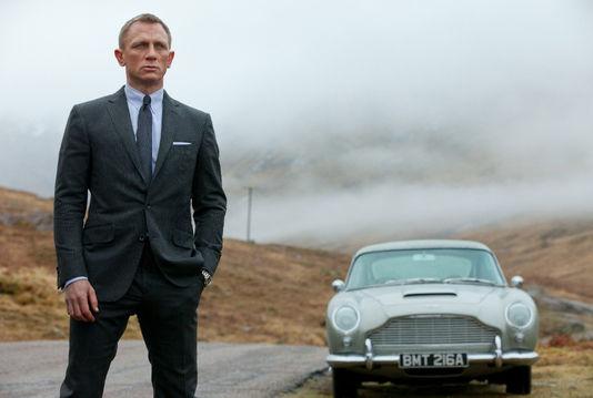 James Bond : Skyfall 17810310