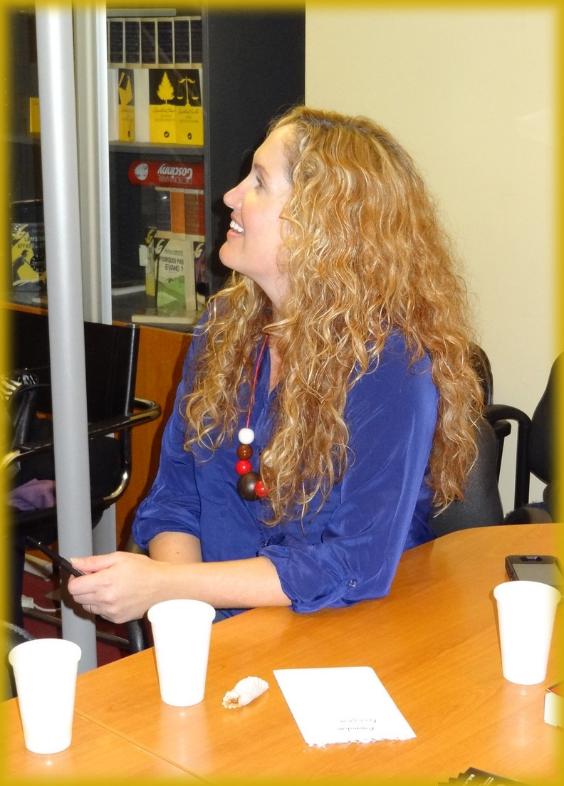 Rencontre avec Becca Fitzpatrick- 12 et 13 novembre 2012 Dsc01520