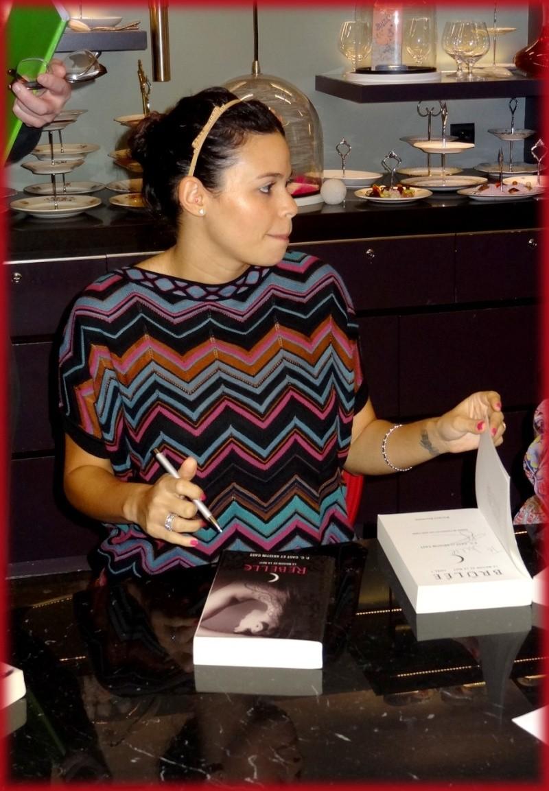 Rencontre avec P.C. et Kristin Cast - 22 novembre 2012 Dsc01718