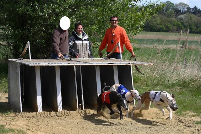 Les galgos à l'ENC de Monteux (84) - 14/04/2012 Img_0112