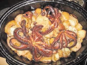 Hobotnica ispod peke 59125610