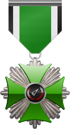 Platinum level of Green Cross of the Silver Arrows - This award is given to a member who performed a number of contributions to the clan in the form of equipment or <br />money donated and knowledge shared. Platinum level is the fourth of six.