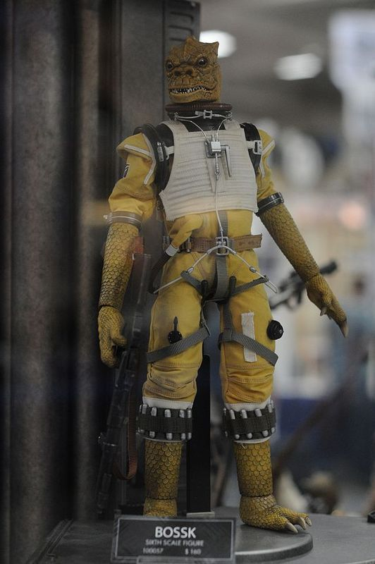 "Sideshow - Bossk Bounty Hunter - 12"" Sixth Scale Figure Bosskv10"
