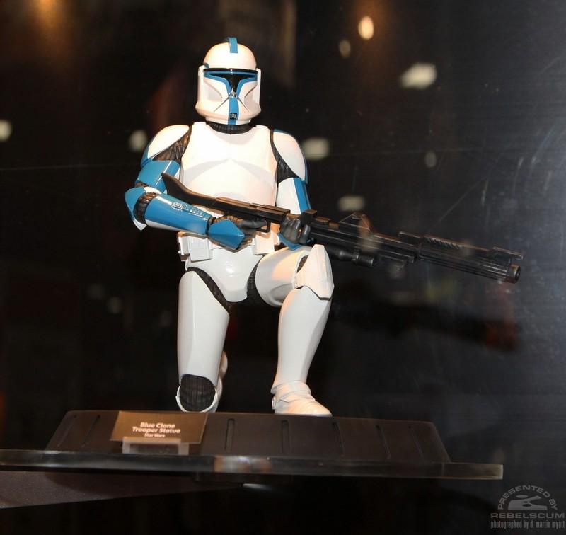GG - Blue Clone Trooper Statue Cloneb10
